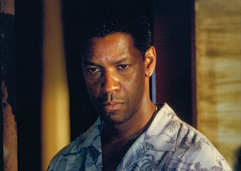 Out of Time Denzel Washington in MGM's Out Of Time - 2003