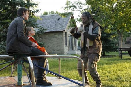 Dakota Goyo Josh Hartnett,  and Samuel L. Jackson in Resurrecting the Champ - 2007. ©2007 Yari Film Group Releasing.