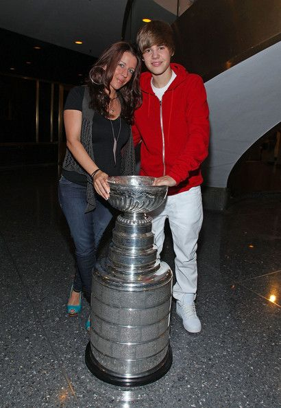 Pattie Mallette mother  pose for pictures with the Stanley Cup before performing on NBC's TODAY Show on June 4, 2010 in New York City