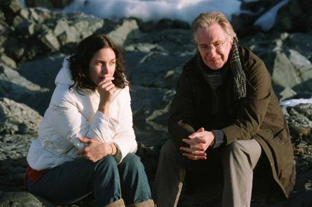 Snow Cake Carrie-Anne Moss as Maggie and Alan Rickman as Alex Hughes in SNOW CAKE directed by Marc Evans. Photo credit: Neil Davidson. An IFC First Take release.