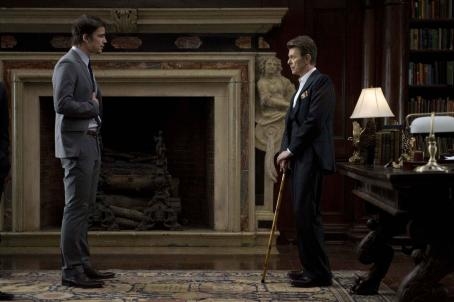 August Tom (Josh Hartnett) with Ogilvie (David Bowie) in the scene of .