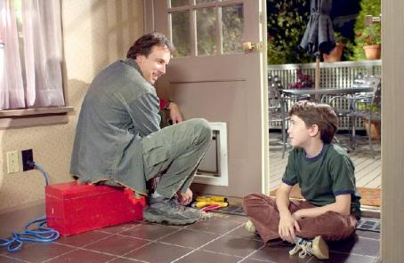 Kevin Nealon  and Liam Aiken in Good Boy!
