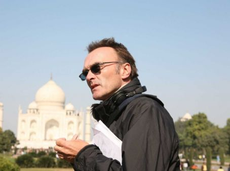 Danny Boyle Director . Photo Credit: Ishika Mohan. TM and © 2008 Fox and its related entities. All rights reserved.