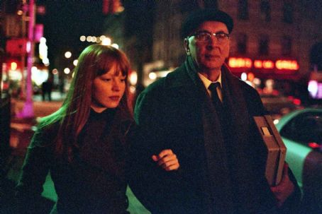 Heather (Lauren Ambrose) and Leonard (Frank Langella) in STARTING OUT IN THE EVENING. Photo Credit: Annabel Clark. © Maple Pictures Corp. All Rights Reserved.