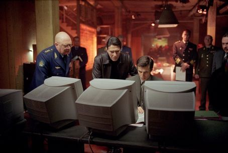 Ciarán Hinds Constantine Gregory as General Bulgakov, Ciaran Hinds as President Nemerov and Mariusz Sibiga as Nemerov's Translator in Paramount's The Sum of All Fears - 2002