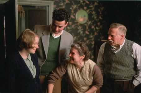 Vera Drake L-R Alex Kelly, Daniel Mays, Imelda Staunton, Phil Davis in Fine Line Features upcoming VERA DRAKE.