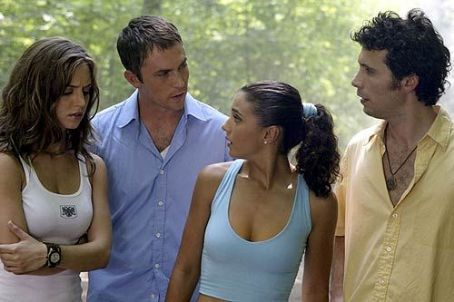 Desmond Harrington Eliza Dushku,  and Emmanuelle Chriqui in 20th Century Fox's Wrong Turn - 2003