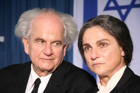Ian Holm  as Ben Gurion and Tovah Feldshuh as Golda Meir in O JERUSALEM.Copyright © 2006 Samuel Goldwyn Films. All rights reserved.