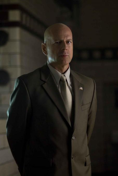 Assassination of a High School President Bruce Willis in ASSASSINATION OF A HIGH SCHOOL PRESIDENT, a Yari Film Group release. ©2008 Yari Film Group Releasing.