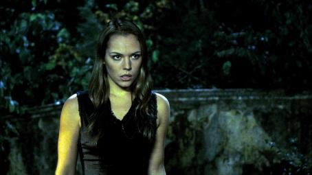 Agnes Bruckner AGNES BRUCKNER stars as Vivian in the werewolf thriller BLOOD & CHOCOLATE distributed by Metro-Goldwyn-Mayer Distribution Co., A Division of Metro-Goldwyn-Mayer Studios Inc. Photo Credit: Courtesy of Metro-Goldwyn-Mayer Pictures, Inc. Copyright © 2006 Lak