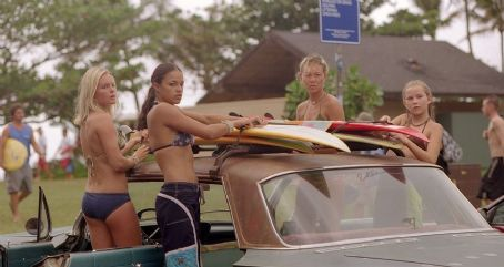 Mika Boorem Kate Bosworth, Michelle Rodriguez, Sanoe Lake and  in Universal's Blue Crush - 2002