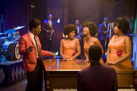 Anika Noni Rose L to R: Eddie Murphy as James 'Thunder' Early,  as Lorrell Robinson, Beyoncé Knowles as Deena Jones and Jennifer Hudson as Effie Melody White in DreamWorks Pictures' and Paramount Pictures' Dreamgirls - 2006