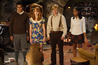 Jayma Mays Left to Right: Kal Penn as Edmund,  as Lucy, Faune A. Chambers as Susan and Adam Campbell as Peter in adventure comedy 'Epic Movie' 2007