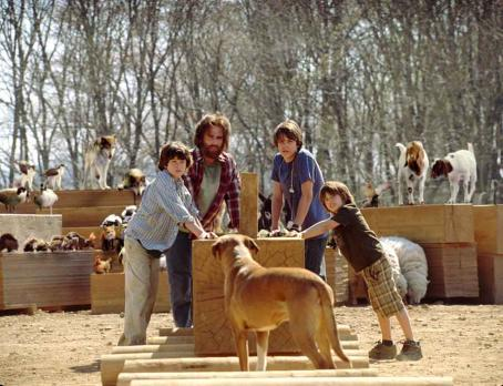 Graham Phillips Left to Right:  as Jordan, Steve Carell as Evan, Johnny Simmons as Dylan and Jimmy Bennett as Ryan in Universal Pictures' Evan Almighty - 2007