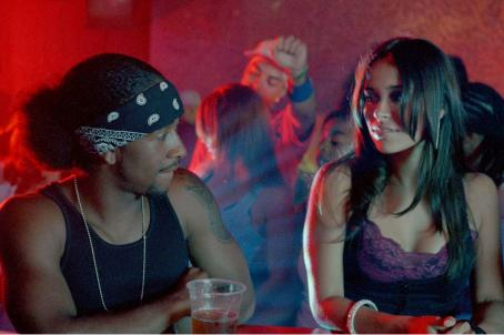 Omarion Grandberry (left) and Zulay Henao star in TriStar Pictures' musical drama FEEL THE NOISE. Photo by: Courtesy of TriStar Pictures.