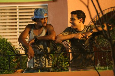 Feel the Noise Omarion Grandberry (left) and Victor Rasuk star in TriStar Pictures' musical drama FEEL THE NOISE. Photo by: Hector G. Nogales.