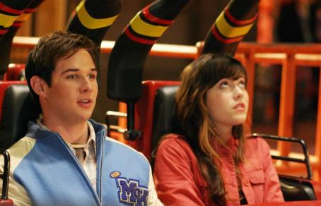 Ryan Merriman (left to right) Kevin () and Wendy (Mary Elizabeth Winstead) learn that roller coasters are not all fun and games in New Line Cinema's frightfilled upcoming FINAL DESTINATION 3. Photo Credit: ©2005 Shane Harvey/New Line Productions