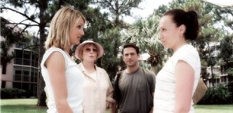 Mark Feuerstein Cameron Diaz (Maggie Feller), Toni Collette (Rose Feller), Shirley MacLaine (Ella Hirsch), and  (Simon Stein) in 20th Century Fox's comedy/drama In Her Shoes - 2005