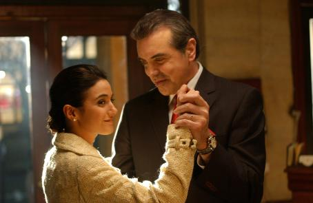 In the Mix Dolly (Emmanuelle Chriqui) and her father Frank (Chazz Palminteri) from IN THE MIX.
