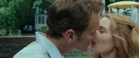 "Little Children Patrick Wilson stars as ""Brad"" and Kate Winslet stars as ""Sarah"" in New Line Cinema's upcoming release of Todd Field's LITTLE CHILDREN. Photo Credit: ©2006 New Line Productions"