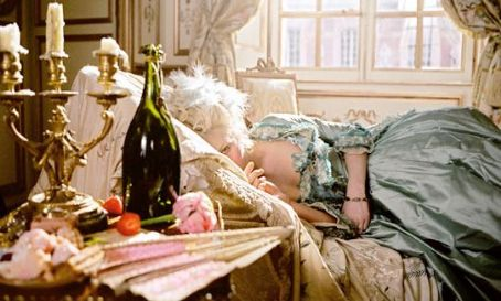 Marie Antoinette The Legend's Marie-Antoinette (Kirsten Dunst) in Columbia Pictures and Sony Pictures Entertainment '' 2006