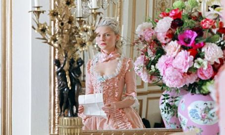 Marie Antoinette Marie-Antoinette (Kirsten Dunst) in Columbia Pictures and Sony Pictures Entertainment '' 2006