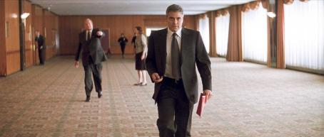 "Sydney Pollack SYDNEY POLLACK as Marty Bach and GEORGE CLOONEY as Michael Clayton in Warner Bros. Pictures, Samuels Media and Castle Rock Entertainment's drama ""Michael Clayton,"" distributed by Warner Bros. Pictures. Photo courtesy of Warner Bros. Pict"