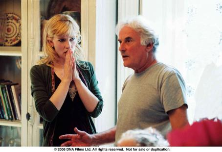 Notes on a Scandal Cate Blanchett and Director Richard Eyre on the set of NOTES ON A SCANDAL. Photo Credit: Clive Coote