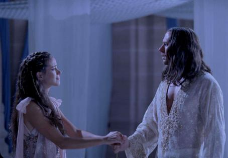 Xerxes Tiffany Dupont star as Queen Esther and Luke Goss as King  in One Night with the King - 2006.