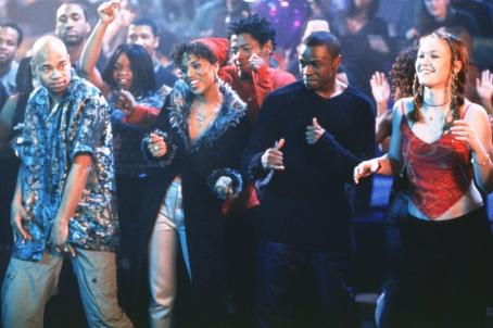 Sean Patrick Thomas Kerry Washington as Chenille,  as Derek and Julia Stiles as Sara in Paramount's Save The Last Dance - 2001