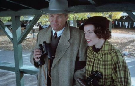 Seabiscuit Jeff Bridges (Charles Howard) and Elizabeth Banks (Marcela Howard) in .