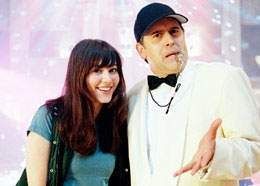 Bruce Campbell Coach Boomer () and Gwen (Mary Elizabeth Winstead)
