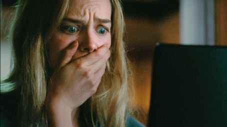 Jess Weixler  star as Dawn in Teeth