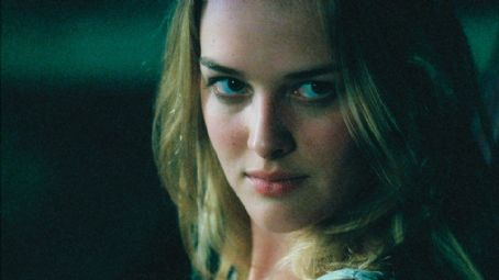 Jess Weixler  in Mitchell Lichtenstein 'Teeth.'