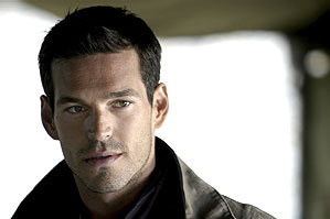 Eddie Cibrian  in a scene from The Cave - 2005