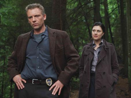 The Invisible CALLUM KEITH RENNIE AND MICHELLE HARRISON. © SPYGLASS ENTERTAINMENT GROUP. LLC. ALL RIGHTS RESERVED. Photo Credit: Doane Gregory