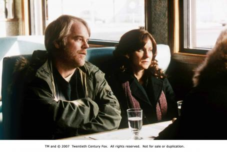 The Savages From left: Philip Seymour Hoffman and Laura Linney in THE SAVAGES. Photo Credit: Courtesy of Fox Searchlight Pictures.