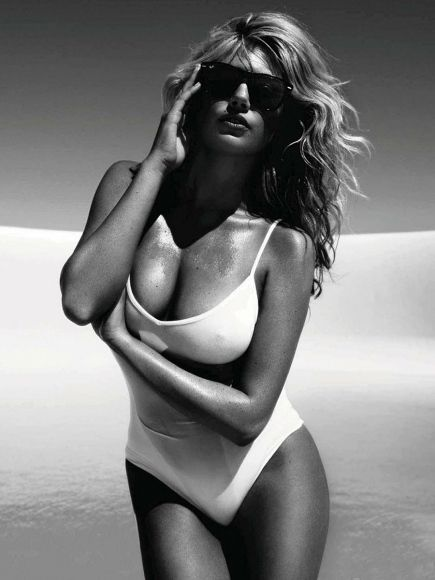 Kate Upton - Vogue Magazine Pictorial [Spain] (July 2012)