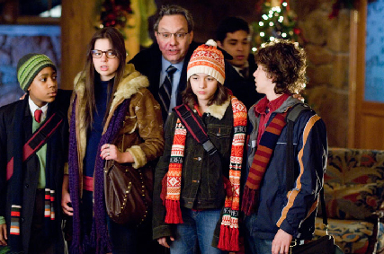 Gia Mantegna Tyler James Williams as Charlie, Gina Mantegna as Grace, Quinn Shephard as Donna and Dyllan Christopher as Spencer in Unaccompanied Minor - 2006