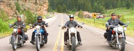 Wild Hogs William H. Macy, Martin Lawrence, Tim Allen and John Travolta in Touchstone Pictures'  - 2007