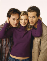 Jamie Palamino Chris Klein, Amy Smart, and Ryan Reynolds in 'Just Friends.'