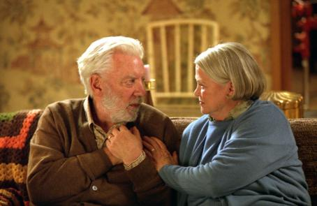Donald Sutherland , Louise Fletcher