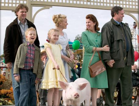 Essie Davis (Front row L to R) Louis Corbett as Avery and Dakota Fanning as Fern.