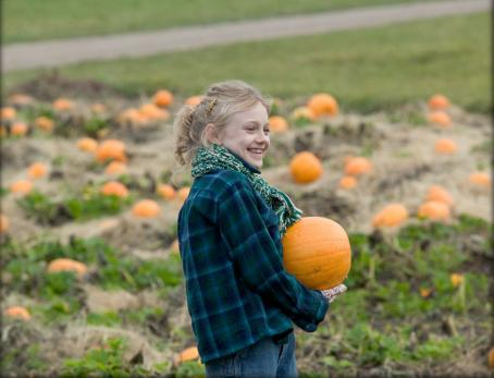 Fern  (Dakota Fanning) enjoys the festivities of fall