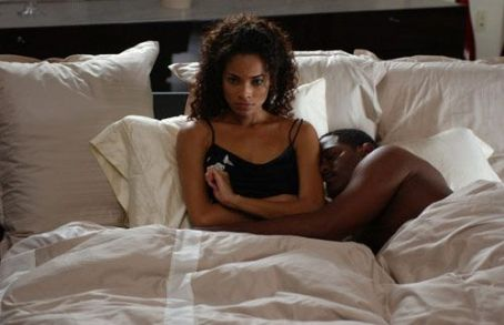 Rochelle Aytes Lisa () and Carlos (Blair Underwood)