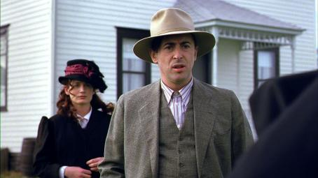 Alan Cumming  as Frandsen (Elizabeth Reaser as Inge in background)