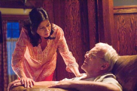 Stella Arroyave  as Gina and Anthony Hopkins as Felix Bonhoeffer in Slipstream