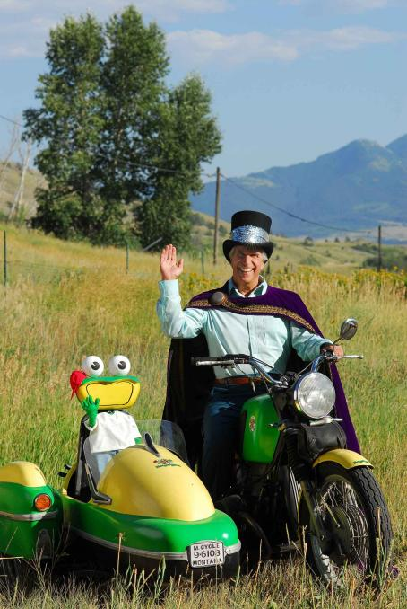 Henry Winkler Happy Herb () and Froggy.