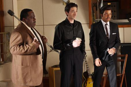 Leonard Chess Cedric the Entertainer as 'Willie Dixon', Adrien Brody as '' and Jeffrey Wright as 'Muddy Waters' in Sony BMG Film, Parkwood Pictures and Tristar Pictures' drama CADILLAC RECORDS. Photo credit: Eric Liebowitz. © 20