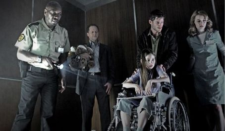 Dominique McElligott L to R: Leon Herbert, William Hope, Skye Bennett, Noah Huntley and  in the scene of Dark Floors.